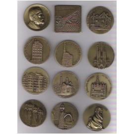 Colección de medallas Gaudí y Barcelona