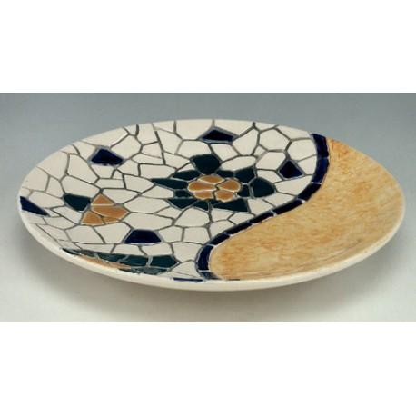 Plato de ceramica trencadis for Platos de ceramica