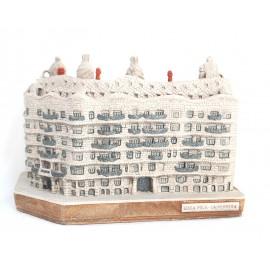 Casa Milà - La Pedrera de Alabastro Gaudí