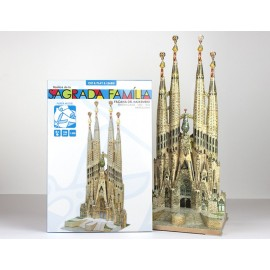 Sagrada Familia Papel Recortable