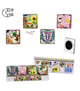 6 Gaudi Mosaic Magnets Set