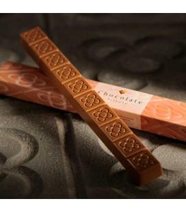 Chocolate con Leche y Almendra Barcelona Streets