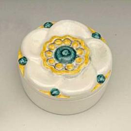 Floral ceramic case